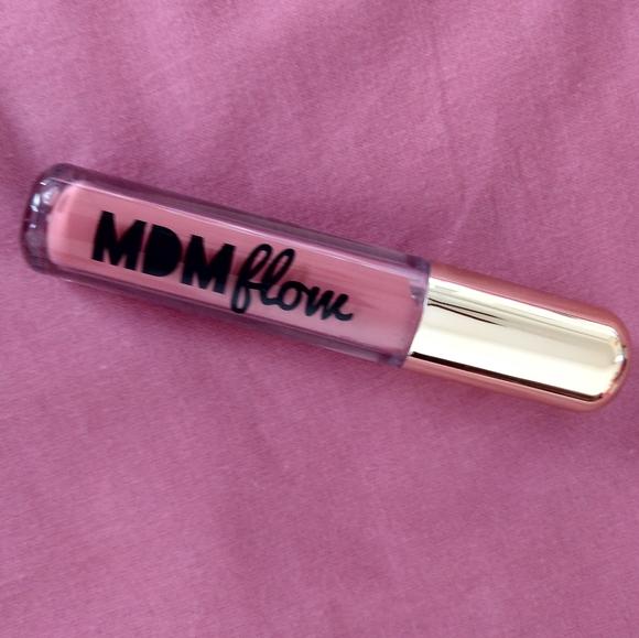 mdm Other - Mdm flow lipcolor